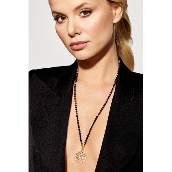 Onyx and spinel necklace with rosette Mokobelle