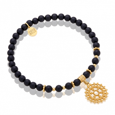 Onyx bracelet with royal rosette