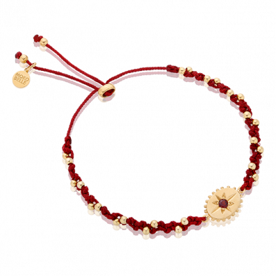 Bracelet with small medallion and garnet