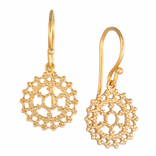 Earrings with royal rosette
