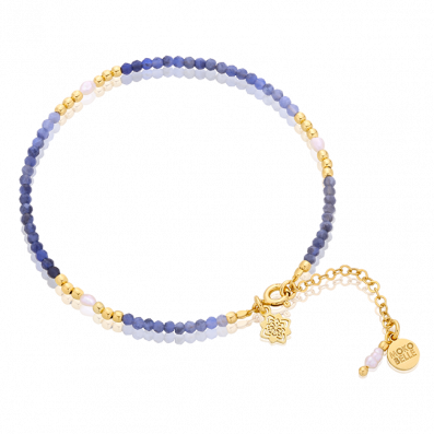 Sodalite stones bracelet with pearls and flower rosette