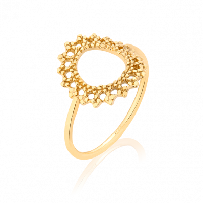 Ring with openwork rosette