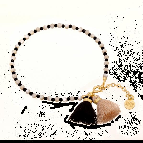 Bransoletka z masy perłowej oraz spineli z chwostami