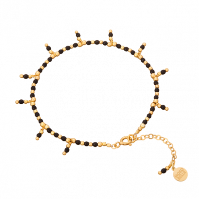 Spinels and gold-plated beads bracelet