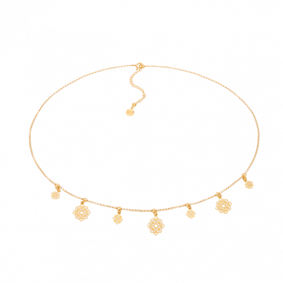 Gold-plated choker with Camelia pendants