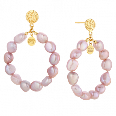 Circle earrings with pink pearls